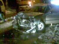 Accident pe DN2: un microbuz a lovit masina unui politist!