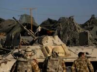 Convoi civil de aprovizionare NATO, atacat de talibani. 7 oameni au murit
