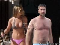Jennifer Aniston, sexy la piscina cu Gerard Butler! GALERIE FOTO
