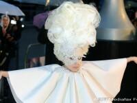 Lady GaGa, clovnul de la Brit Awards 2010!