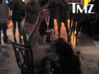 Rihanna s-a sarbatorit cu sampanie si... o pitica porno! VEZI VIDEO