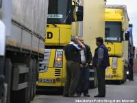 3 tiruri ce transportau utilaje furate, de 500.000 euro, oprite in vama