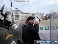 Atena: o greva a sindicatelor s-a transformat in bataie cu politia