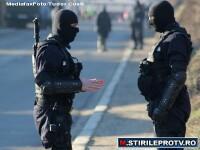 Un detinut inarmat cu un topor a evadat de la Penitenciarul Oradea