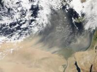 Cea mai puternica furtuna de nisip vazuta din spatiu. FOTO