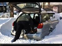 Cum sa-ti deszapezesti masina, daca n-ai lopata. VIDEO
