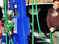 Rompetrol a majorat marti pretul benzinei la un nou RECORD istoric