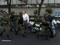 Cel putin 14 persoane au murit in urma unei explozii la sediul companiei petroliere Pemex din Mexic