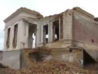 Comorile distruse ale Romaniei. In ce stare au ajuns castelele si conacele vechi de 400 de ani