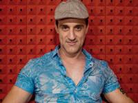 Povestea lui Aniello Arena - asasinul platit care a devenit actor si e comparat cu De Niro si Pacino