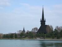 Un preot a fost suspendat dupa ce a inceput sa faca profit cu o biserica de vis din Dobrogea