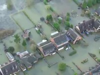 Ingenuncheata deja de inundatii, Marea Britanie va mai avea de infruntat o furtuna devastatoare. Cameron cere ajutorul UE