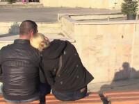 Poveste de dragoste interzisa intr-un liceu din Turda. Un profesor de sport ar fi avut o relatie cu o eleva de clasa a XI-a