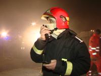 Explozii si incendii in cartierul Ferentari din Bucuresti. Trei TIR-uri au fost distruse
