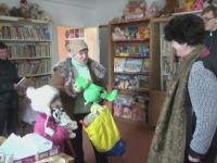 Bibliotecara din Galati care aduce bucurie in inimile copiilor. Cum arata initiativa ei cu jucarii de imprumut