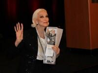 Cum arata cel mai in varsta supermodel din lume. Pictorial spectaculos realizat de Carmen Dell'Orefice la 83 de ani