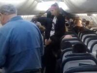 Panica la bordul unui avion. O pasagera a fost intepata de un scorpion, chiar inainte de decolare