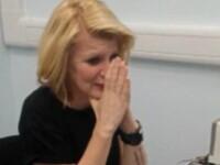 Momentul emotionant in care o femeie aude pentru prima data la 39 de ani, cu ajutorul unui implant cohlear. VIDEO