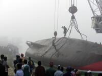 Un feribot plin cu pasageri s-a scufundat in Bangladesh, dupa ce a fost lovit de o nava cargo. Sunt cel putin 70 de morti