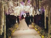 Arbori impodobiti si culori roz-auriu sau crem, trendul pentru nunti in 2016. Ce spun designerii despre castelul Peles