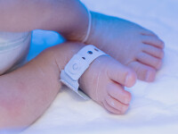 Bebelus gasit mort intr-un tomberon. Politia face apel la populatie sa sesizeze daca constata disparitia vreunui copil