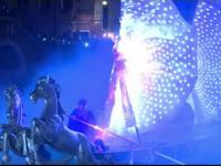 Carnavalul de la Venetia, splendoare de muzica si costume fosforescente. Turistii au fost captivati de extravaganta