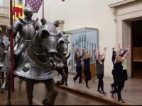 Ore de gimnastica printre exponatele Muzeului de Arta din New York. Cat costa o sesiune de aerobic de 45 de minute