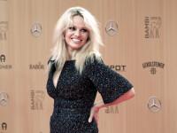 Pamela Anderson ar avea o relatie cu Julian Assange. Decizia luata de actrita pornind de la cazul fondatorului WikiLeaks