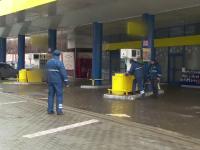 Explozie într-o benzinărie din Galați, produsă din neglijența angajaților