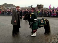 Moment amuzant la vizita prințului Harry în Edinburgh