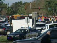 Atac armat la un liceu din Florida. Un fost elev a ucis 17 oameni