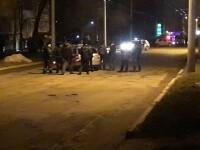 Un şofer de 65 de ani din Moldova a călcat un pieton, apoi l-a împuşcat. Unde se grăbea