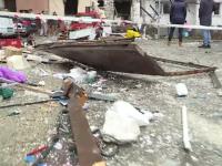 Explozie puternică la un fast-food din Capitală. 16 mașini au fost avariate