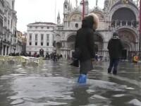 """""""Acqua alta"""" în Veneția. Toate străzile și localurile din oraș au fost inundate"""