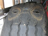 Ce a pățit un șofer român care conducea în Germania un TIR cu găuri în cauciucuri