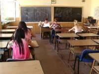 Schimbări majore pentru elevi: vacanță mai scurtă și testări peste testări