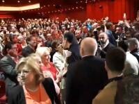 Dăncilă, ignorată de Frans Timmermans. Premierul României i-a zâmbit în zadar. VIDEO