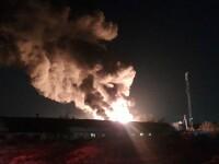 VIDEO. Incendiu violent în Ilfov. O hală de producție a fost mistuită de flăcări
