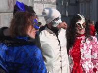 Măști de poveste la faimosul carnaval din Veneția. Cum sunt confecționate
