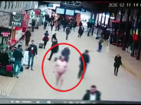 """Incident în Gara de Nord. Un bărbat umbla dezbrăcat """"în semn de protest față de politicieni"""""""