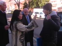 """Teodor Meleșcanu, incident la DNA cu protestatarul """"Ceaușescu"""": """"Să vă fie rușine"""""""