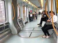 Un bărbat beat a mers cu bicicleta în metrou în timp ce se afla în mișcare. Ce a urmat VIDEO