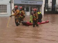 Furtuna Dennis produce pagube majore în Marea Britanie și Franța. Trei persoane au murit