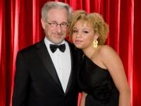 Fiica lui Steven Spielberg a fost arestată. Tânăra este actriță în filme pentru adulți