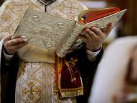 Ce a arătat autopsia copilului mort după botez. Preotul este cercetat pentru ucidere din culpă