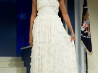 Designerii nu au stiut ca doamna Obama le va purta rochiile la investire!