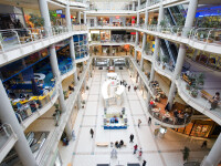 Prea multe mall-uri dauneaza grav afacerilor. Acum se dau pe 1 euro!