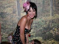 Katy Perry: As muri fara sex!