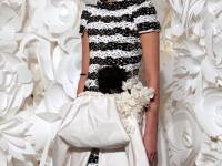 Alb si negru, eternele moderne tendinte de la Chanel