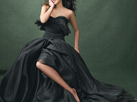 Thalia revine in moda cu o colectie spectaculoasa